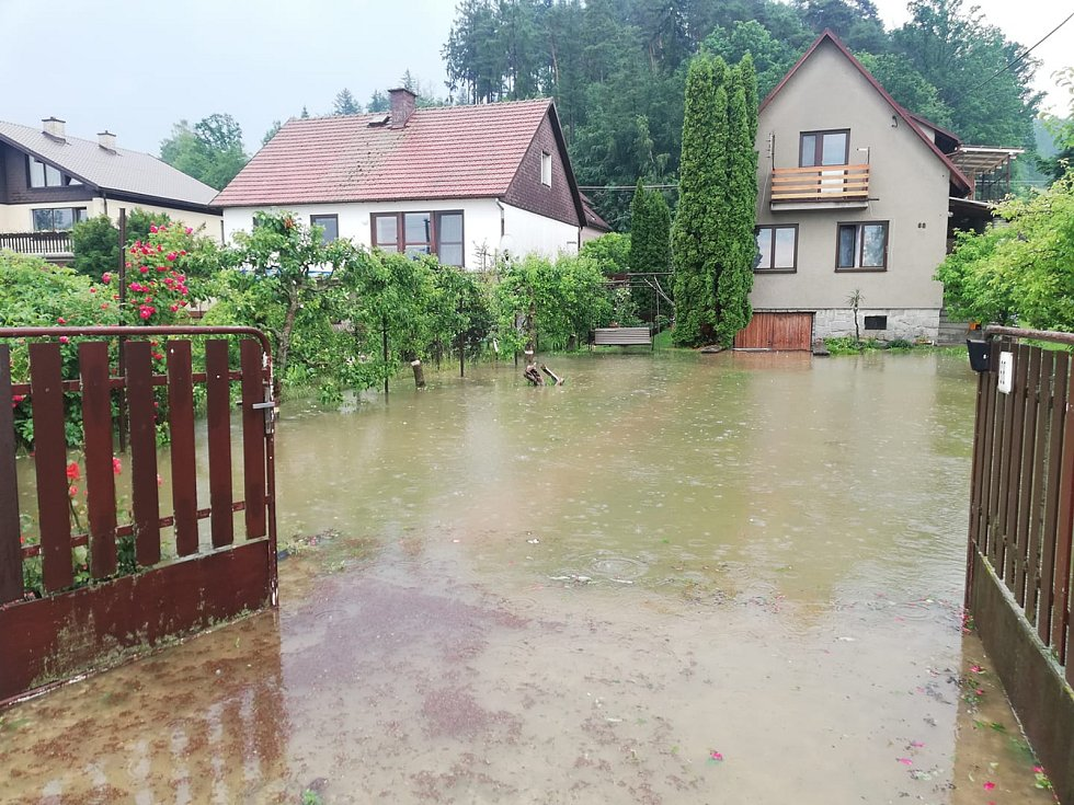 Následky průtrže mračen ve čtvrtek 13. června v Dolních Studénkách - Králci.