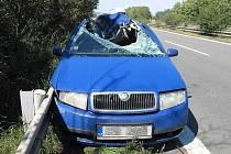 Škoda Fabia zničená nárazem kola uvolněného z tahače
