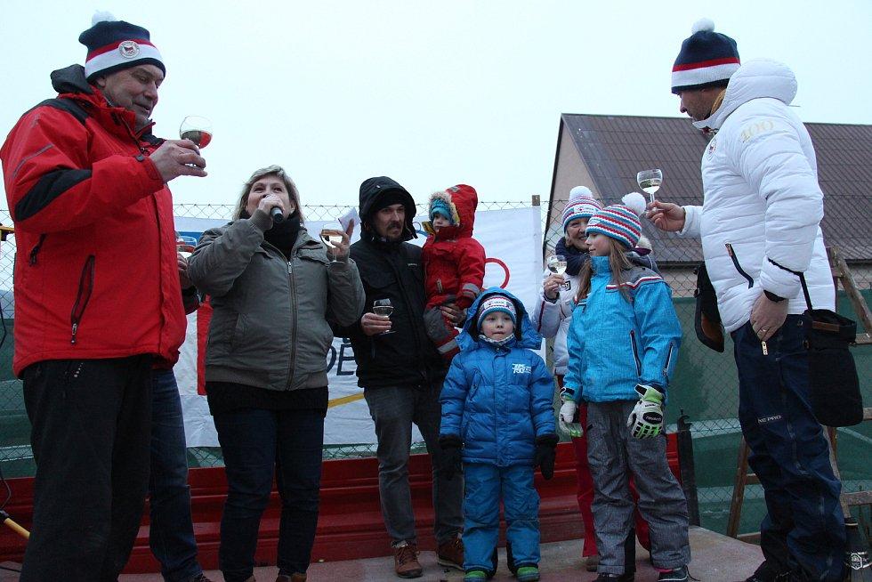 Obyvatelé Rudy nad Moravou přivítali své slavné rodáky Ondřeje a Tomáše Bankovy, trenéry dvojnásobné zlaté olympioničky Ester Ledecké.