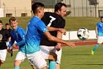 Velké Losiny (v modrém) uspěly v Zábřehu na penalty