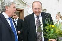Z návštěvy ministra zemědělství Ivana Fuksy na Střední odnorné škole v Šumperku