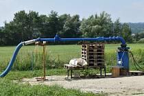 Nový zdroj pitné vody nechala společnost VHZ vyhloubit přímo v areálu úpravny vody na Lesnické ulici.