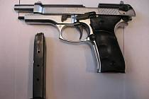 Plynová pistole na ilustračním snímku.