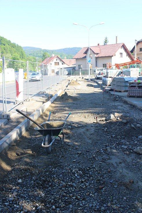 Výstavba chodníku v ulici Rejvízská v Jeseníku