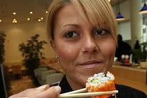 Máte chuť na sushi? Navštivte Suteren Lounge (ilustrační foto)