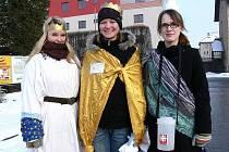 Mezi koledníky Tříkrálové sbírky v Šumperku byly i studentky místního gymnázia