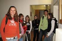 Studenti jesenické hotelové školy se musejí mít na pozoru. Výběr ze šatníku by měl odpovídat tomu, co požaduje školní řád. Jinak jim hrozí i vyhazov ze školy.
