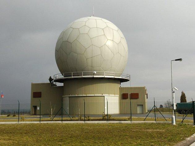 Radar, který bude obsluhovat americká armáda by mohl vyrůst v mikulovicích na jesenicku. Místní lidí jej chtějí.