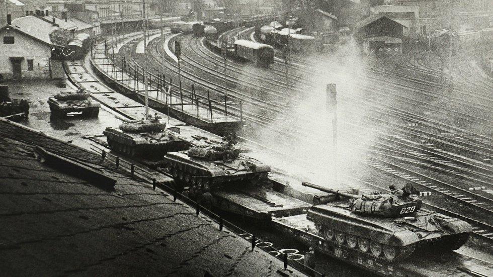 Odjezd sovětských vojsk ze Šumperku v roce 1990.
