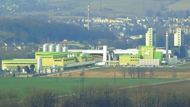 Takto bude vypadat panorama papírny s teplárnou firmy Wanemi ve směru od obce Leština.