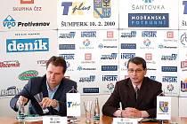V sídle krajského úřadu v Olomouci odtajnili zástupci pořádající agentury TK Plus a Olomouckého kraje nominaci na Sportovce Olomouckého kraje za rok 2009