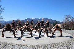 Jeseničtí gymnazisté vystoupí s tancem na motivy filmu Hunger Games ve Slovenském národním divadle.