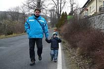Podél Priessnitzovy ulice v Jeseníku chce město postavit chodník.