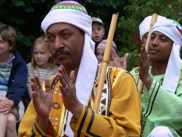 V pátek se v Sadech 1. máje v Šumperku představili tanečníci z Egypta a Polska.