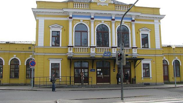 Šumperská radnice chce prostor před nádražím proměnit