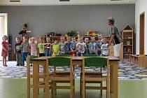 Mateřská škola Pohádka v Šumperku slavnostně otevřela svou přístavbu. Slouží dětem dvou oddělení.