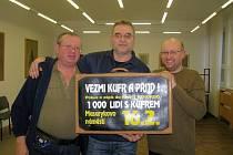 Trojice zakladatelů festivalu recesistů, dobrodruhů a cestovatelů Welzlování v Zábřehu Pavel Zubík, Zdeněk David a Milan Kratochvíl (zleva).
