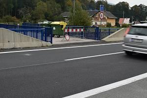 Nový most v Loučné nad Desnou, na který nesmí auta.