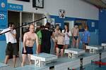 V šumperském krytém bazénu závodili mentálně hendikepovaní sportovci.