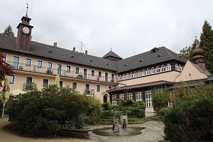 Lázně Velké Losiny - lázeňský komplex Eliška.