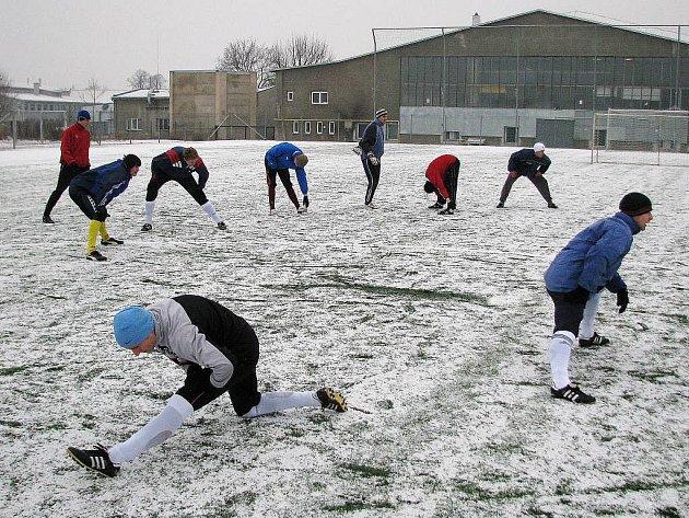 Rozcvička šumperských fotbalistů na archivním snímku