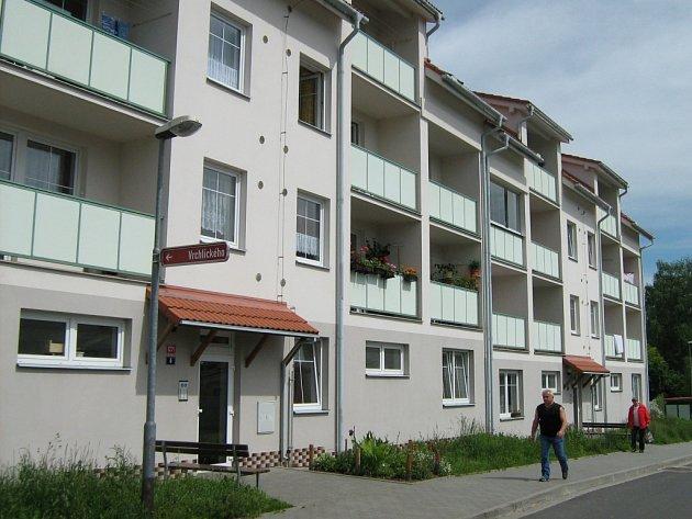 Seznam závad domu v Křížkovského ulici v Jeseníku je delší než seznam nájemníků.