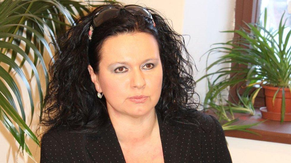 Bývalá ředitelka Vlastivědného muzea Jeseník Veronika Rybová na archovním snímku z roku 2012