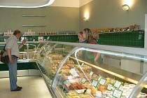 Výrobce tvarůžků v Lošticích otevřel novou podnikovou podejnu