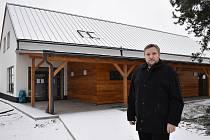 Spolek Zvolská čtyřka vybudoval ve Zvoli komunitní dům.