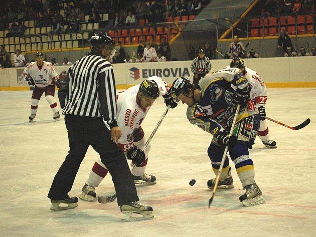 Draci chtějí odčinit prohru z Olomouce (snímek je z tohoto utkání).