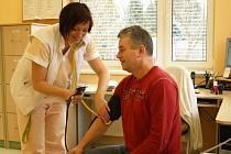 Se značným zájmem veřejnosti se ve středu 14. března setkala preventivní akce, kterou uspořádala nefrologické ambulance Dialýzy Šumperk.