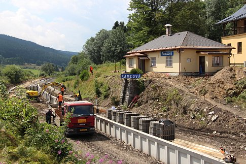 Rekonstrukce zastávky Ramzová v Jeseníkách.