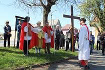Živá křížová cesta v Moravičanech na Velký pátek 2019.