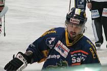 David Moravec v šumperském dresu během utkání s Chrudimí