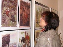 Výstava ilustrací Zdeňka Buriana, kterou hostí až do poloviny února příštího roku Vlastivědné muzeum v Šumperku.