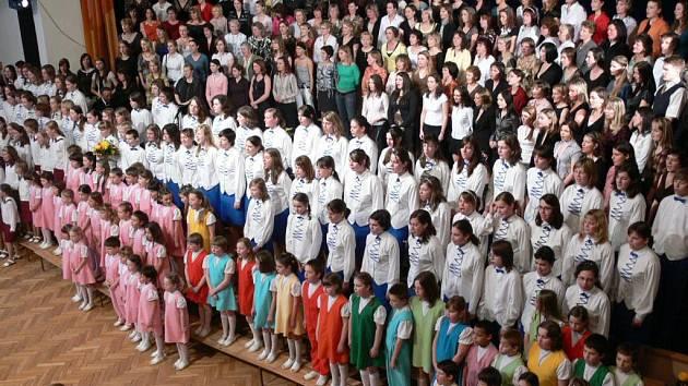 Šumperský dětský sbor oslavil pětačtyřicáté narozeniny.