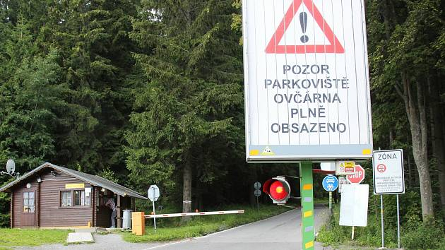 Turistický ruch v oblasti Pradědu. Ilustrační foto