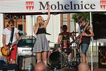 Koncerty skupin Delete a The Addams Sisters na náměstí v Mohelnici.
