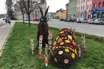 Velikonoční zaječí rodinka v centru Zábřehu