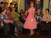 Přehlídka prvorepublikové módy v Hanušovicích