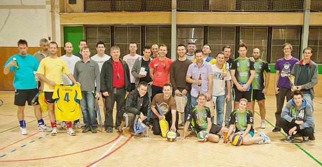 Snímky zvolejbalového turnaje vJeseníku.