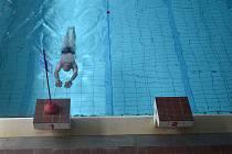 Krytý bazén v České Vsi v padesátém roce svého provozu. Září 2021
