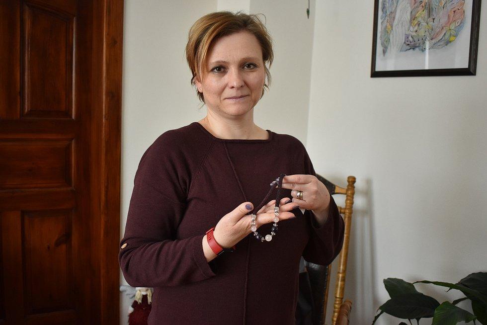 Lipovská háčkařka Helena Paluchová.