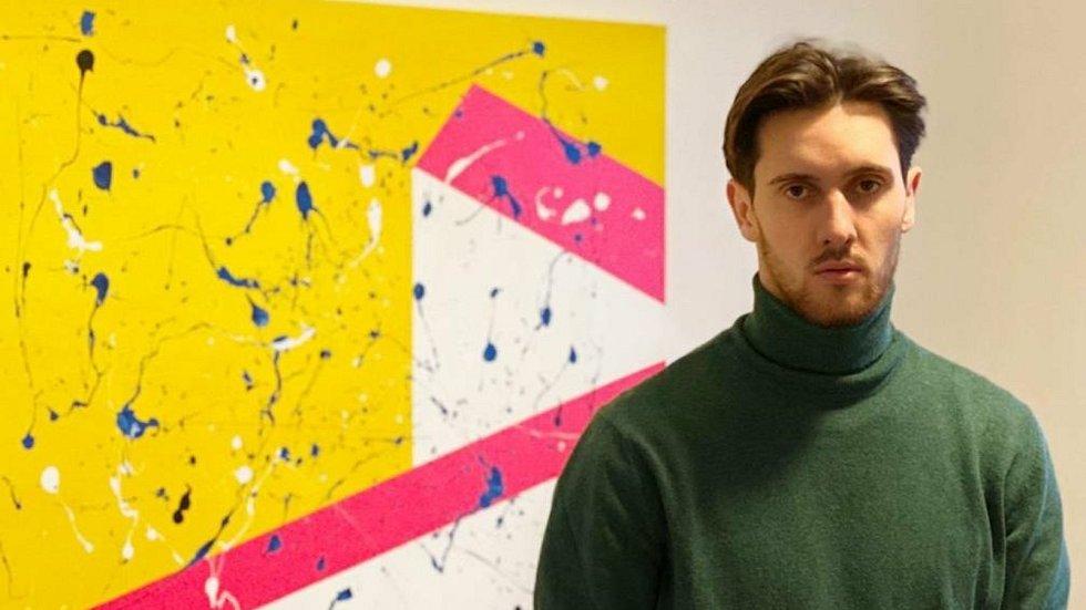 Tomáš Vasiljev a dílo uskupení Určitě s názvem Střih.