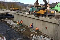 Stavba Rejvízského mostu 31. října 2017.