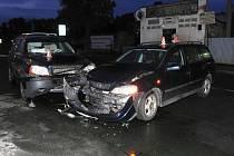 Dvě auta se čelně střetla v Zábřehu