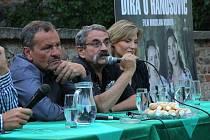 Svou filmovou prvotinu přišel do Zábřehu představit režisér Miroslav Krobot spolu se scenáristou Lubomírem Smékalem a herečkou Lenkou Krobotovou. Po skončení projekce besedovali s diváky.