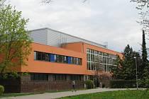 Bazén v Mohelnici prošel poslední velkou rekonstrukcí v roce 2012, kdy s novou fasádou získal mimo jiné i výraznou oranžovou barvu.