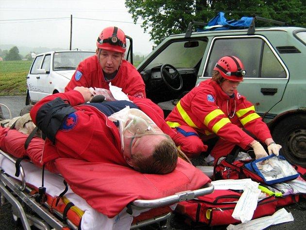 Po dvanácti letech se prestižní mezinárodní soutěž zdravotních záchranářů Rallye Rejvíz stěhuje pryč z Jesenicka.