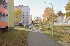 Vizualizace revitalizace sídliště Severovýchod v Zábřehu. Takto má vypadat hlavní chodník mezi školním hřištěm a panelovými domy.